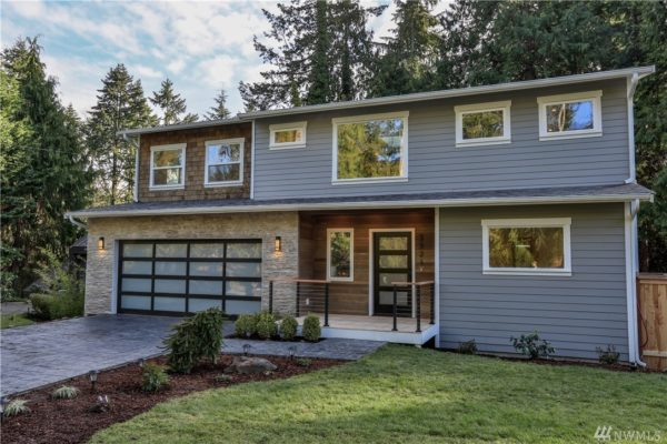 3321 NE 156th St Lake forest Park, WA 98155